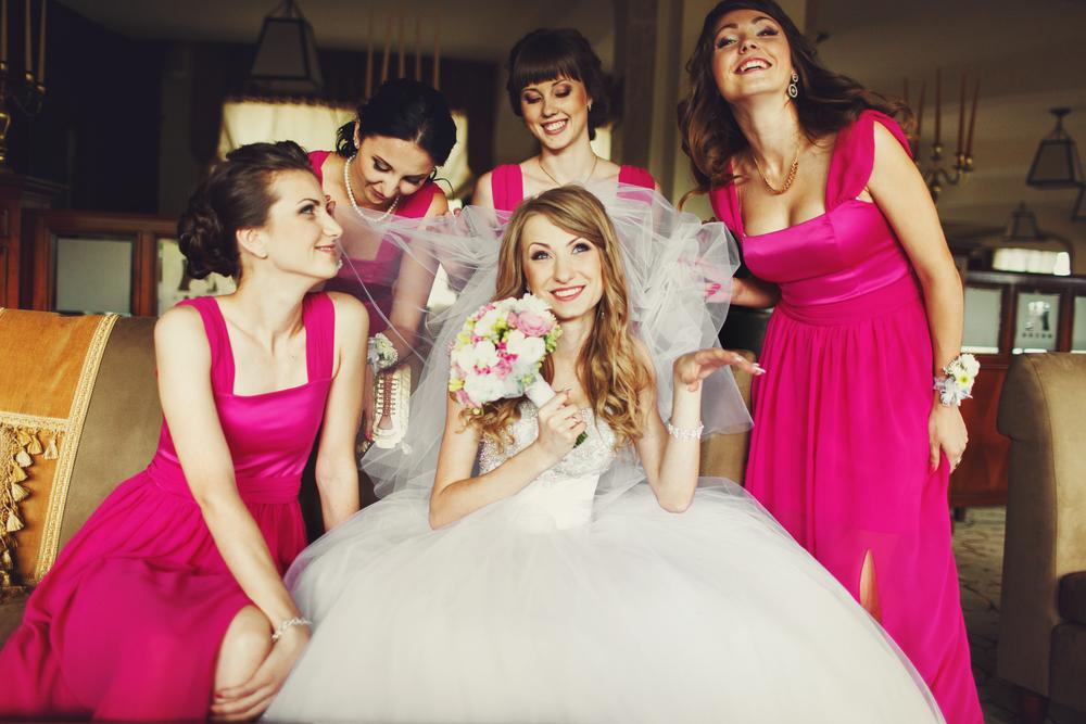 Vestido Longo para Madrinha de Casamento: Faça a Escolha sem Apertos