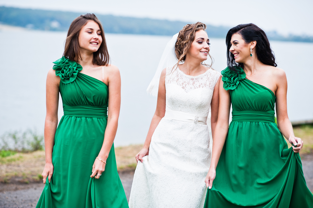 Vestido longo para madrinha de casamento verde